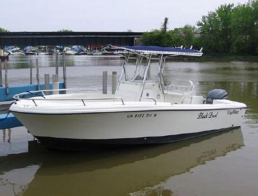 2005 edgewater 225cc  10 2005 Edgewater 225CC