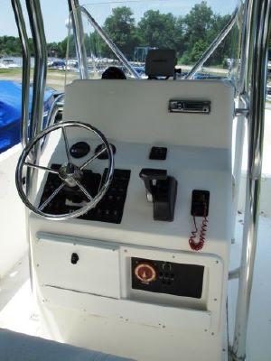 2005 edgewater 225cc  4 2005 Edgewater 225CC