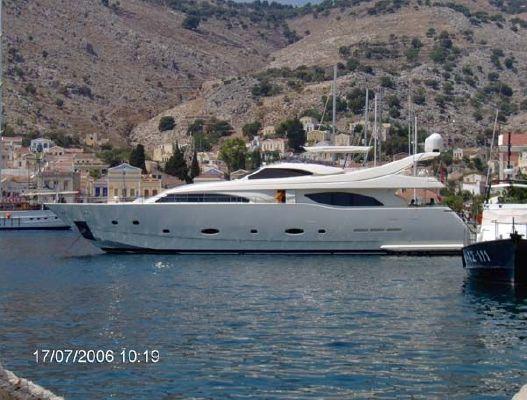 Ferretti Custom Line 94 2005 All Boats