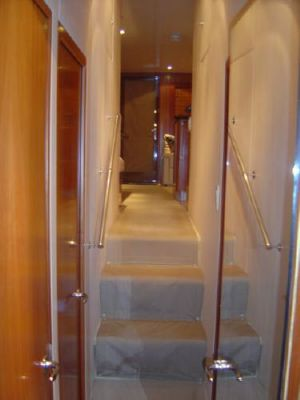 Hatteras 54 Convertible w/warranties 2005 Hatteras Boats for Sale