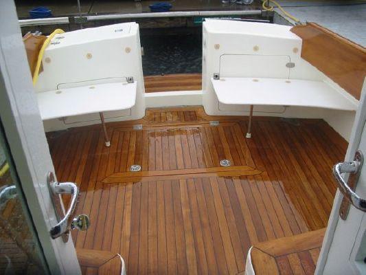 Hinckley Talaria 44 Flybridge 2005 Flybridge Boats for Sale