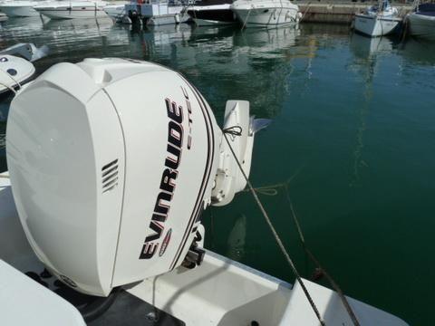 Hydrasports 2390 CC Vector 2005 Hydra Sport Boats
