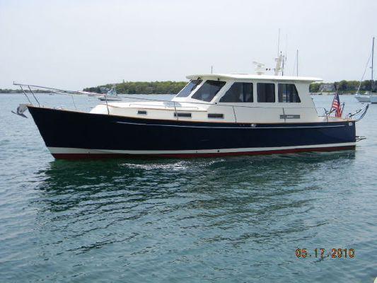 Legacy Yachts 42 Sedan 2005 All Boats