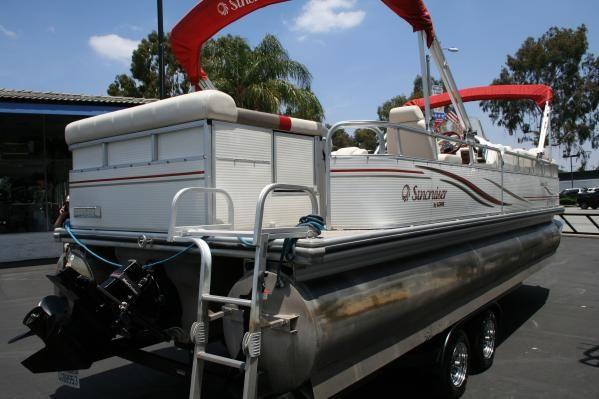 Lowe Suncruiser 250 Jamaica 2005 All Boats