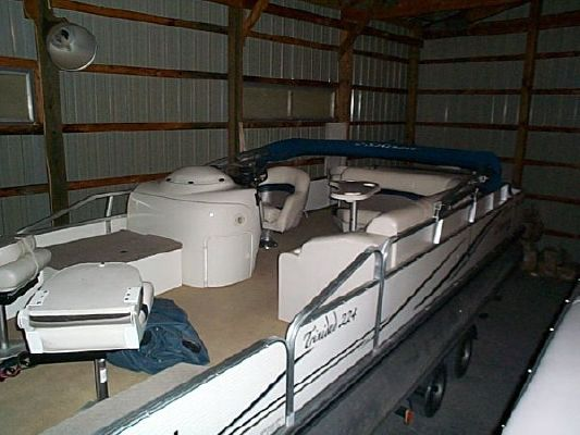 Lowe Suncruiser TR224 Pontoon 2005 Pontoon Boats for Sale
