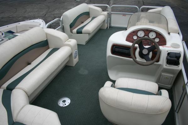 Lowe Suncruiser Trinidad TR200 2005 All Boats