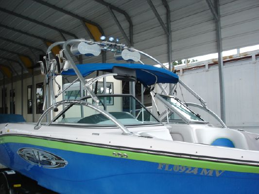 Nautique SV211 Wakeboard 2005 All Boats