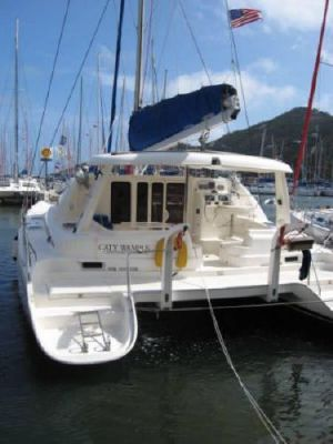 Robertson and Caine Leopard 4300 2005 All Boats