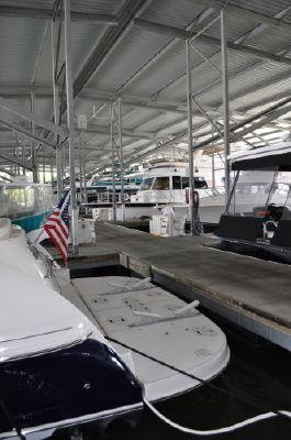 Sea Ray 500 Sundancer **HYDRAULIC LIFT/SWIM PLATFORM** 2005 Sea Ray Boats for Sale