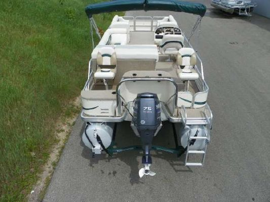 Sweetwater 2424 DF 2005 Sweetwater Pontoon Boat