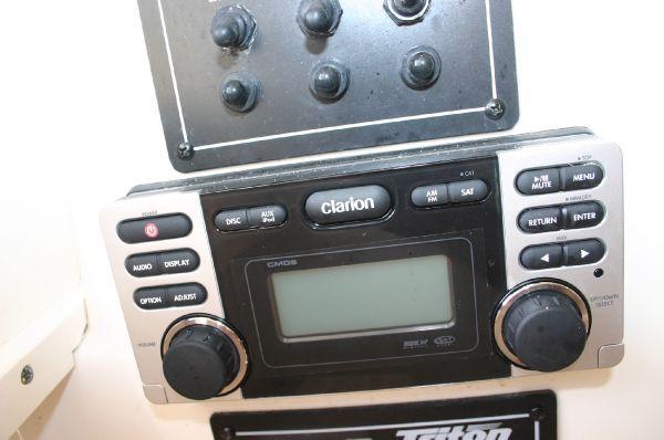 2005 triton 27 w a  18 2005 Triton 27 W/A