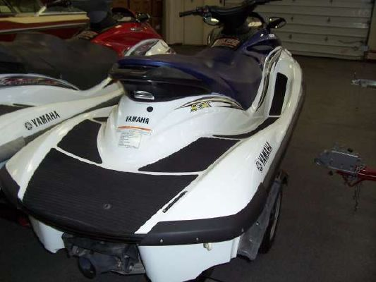 Yamaha Waverunner FX 2005 Ski Boat for Sale