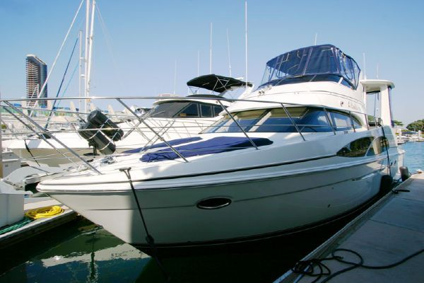 Carver Virtual Tours! 444 CPMY 2006 44' Carver Boats for Sale