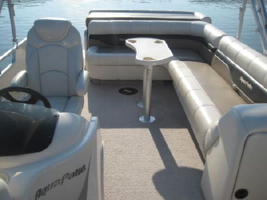 Aqua Patio 240 RE 2006 All Boats