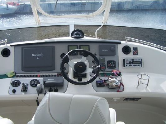 Carver 430 Cockpit Motor Yacht 2006 Carver Boats for Sale