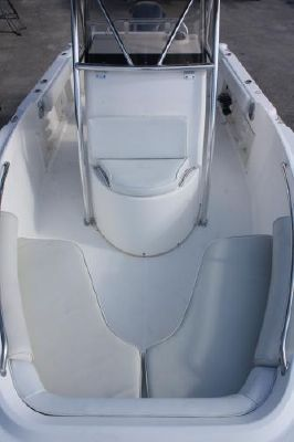 Century 2301 CC 2006 All Boats