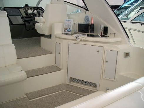 Cruisers 460 Express 2006 Cruisers yachts for Sale