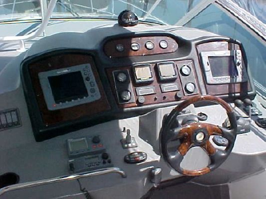 Cruisers Yachts 455 Express Motoryacht 2006 All Boats Cruisers yachts for Sale