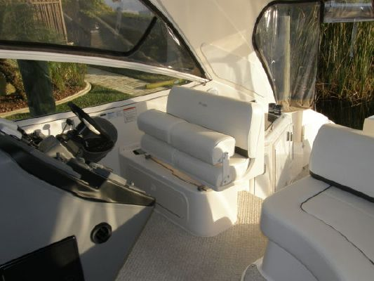 Cruisers Yachts EXPRESS 2006 All Boats Cruisers yachts for Sale