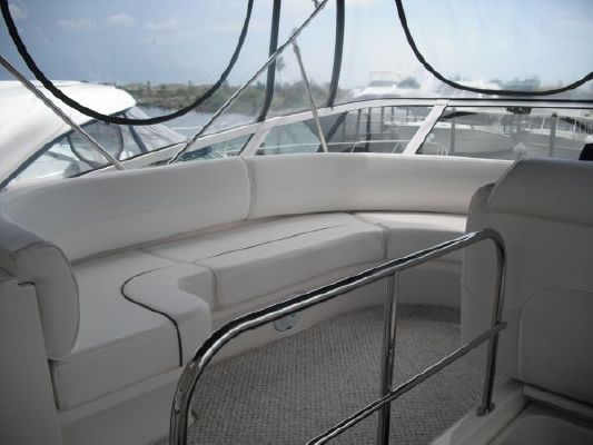 Cruisers Yachts MOTORYACHTS 2006 Cruisers yachts for Sale