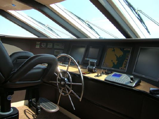 Frank Mulder Designed/built by DMC High Performance Flybridge Motor Yacht 2006 Flybridge Boats for Sale