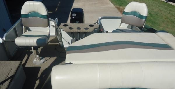 Boats for Sale & Yachts Lowe SUNCRIUSER Trinidad 222 2006 All Boats