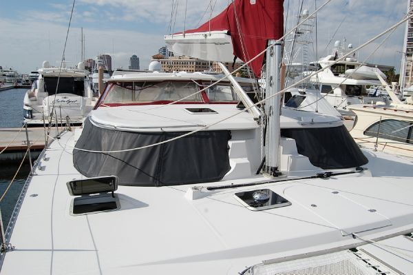 PDQ Antares 44i 2006 Beneteau Boats for Sale