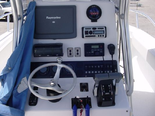 Twin Vee 26CC 2006 All Boats
