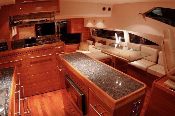 Aicon 64 Flybridge, Trades Accepted 2007 Flybridge Boats for Sale