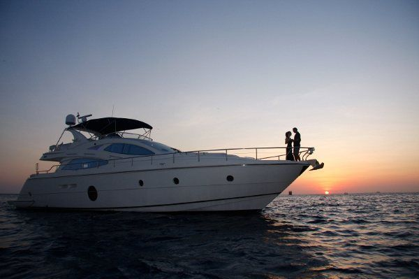 Adventure Yachts *Brokers / Yacht and Boat Buyers / We Take Trades