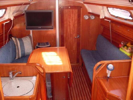 2007 bavaria 30 cruiser  3 2007 Bavaria 30 Cruiser