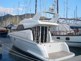 Cockpit Motor Yacht 2007 All Boats