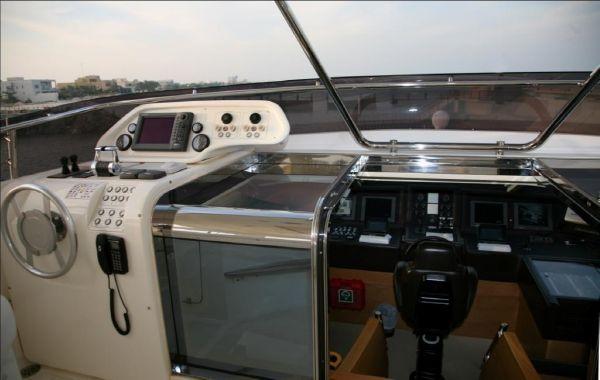 Custom Line 97 2007 All Boats