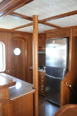 2007 custom trawler yacht exploration vessel  31 2007 Custom Trawler Yacht / Exploration Vessel