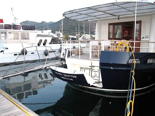 2007 custom trawler yacht exploration vessel  5 2007 Custom Trawler Yacht / Exploration Vessel