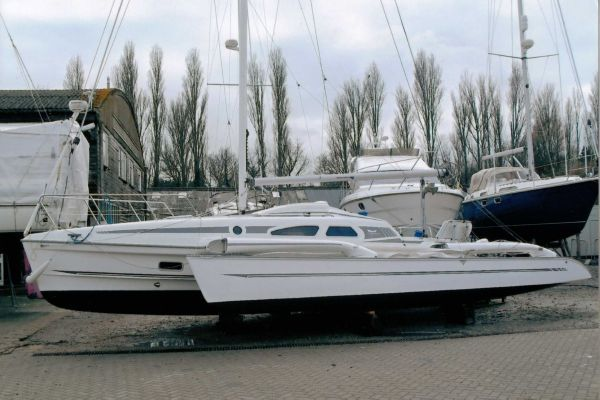 2007 Dragonfly 920 Extreme - Boats Yachts for sale