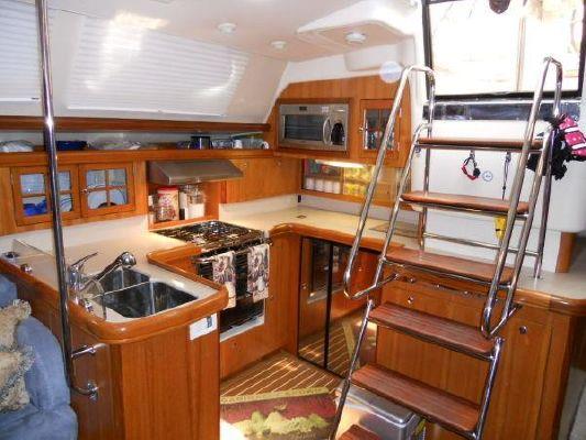 Hunter Center Cockpit (Reduced!! SAT, Davits, Full enclosure, Lots of upgrades!) 2007 All Boats