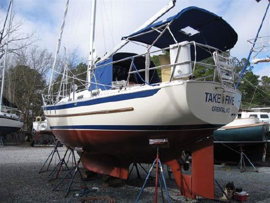 2007 pacific seacraft crealock 31  6 2007 Pacific Seacraft Crealock 31