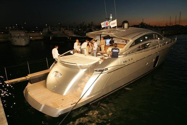 Pershing 72 2007 All Boats