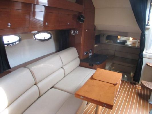 Regal 3760 Sportyacht CONSIGNMENT! JUST REDUCED BY 20K! 2007 Regal Boats for Sale