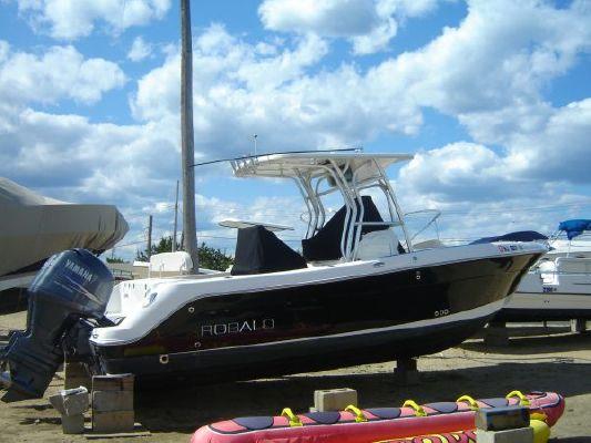 Robalo R240 Center Console 2007 Robalo Boats for Sale