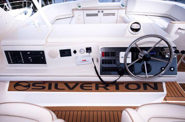 2007 silverton 45 convertible  17 2007 * Silverton 45 Convertible