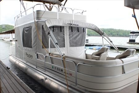 Sun Tracker Mega Hut **New 2020 Pontoon Sun Tracker Boats for Sale