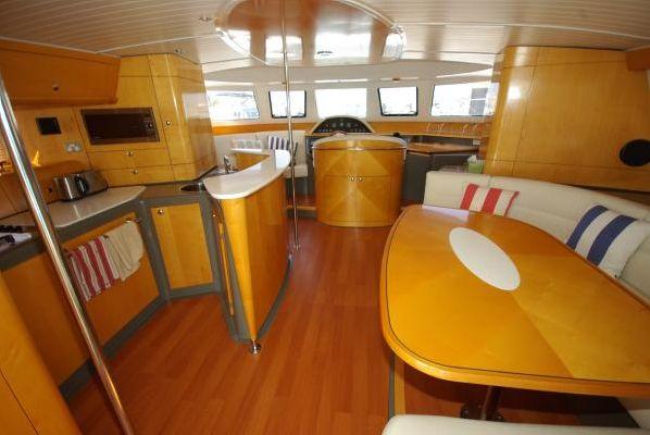 2007 trawler cumberland 44  12 2007 Trawler Cumberland 44