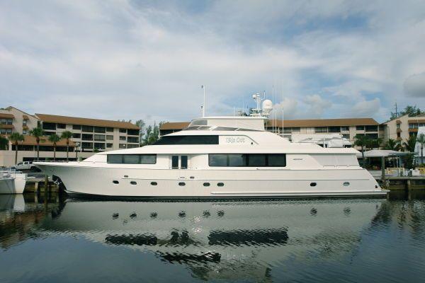 Westport Raised Pilothouse Motor Yacht 2007 Pilothouse Boats for Sale