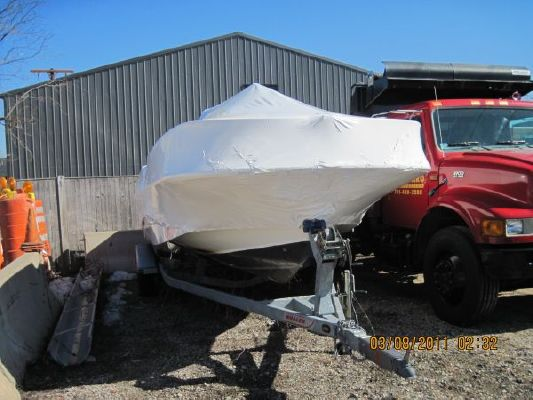 Boston Whaler MONTAUK 2008 Boston Whaler Boats