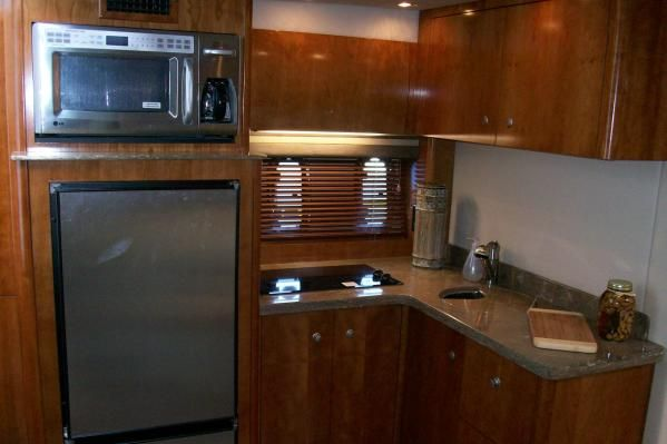 Cruisers Yachts 390 Sports Coupe 2008 Cruisers yachts for Sale