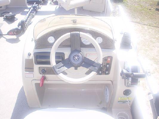 2008 cypress cay 220 angler  4 2008 Cypress Cay 220 Angler