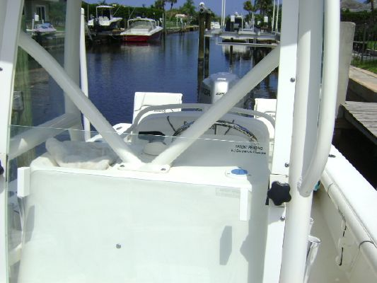 2008 everglades boats 223 cc  17 2008 EVERGLADES BOATS 223 CC