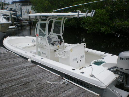 2008 everglades boats 223 cc  2 2008 EVERGLADES BOATS 223 CC